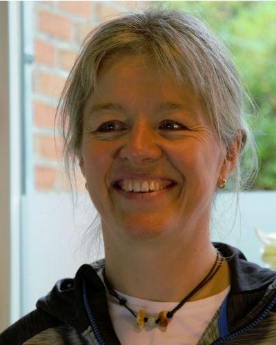 Fysioterapeut Inge Christensen læse mere på om-os siden