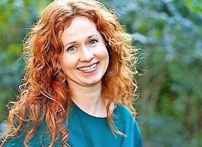 Tanja Krogh-Brandt, Mindfulness/MBSR- underviser i Mindful yoga - find mere om Tanja på om-os siden